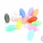 ลูกปัดพลาสติก สีหวาน รียาว คละสี 6X13มิล(1ขีด)