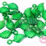 จี้ใบไม้ พลาสติก สีเขียวเข้ม 11X25มิล(1ขีด/198ชิ้น)