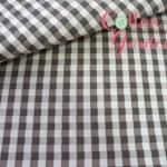 ผ้าฝ้ายญี่ปุ่น ลายตาราง ขนาด 5mm จาก Yuwa ตัดเสื้อได้ หรือ ทำผ้ารองซับๆใน สำหรับกระเป๋า กุ้นขอบ ฯลฯ