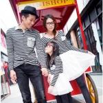 เดรสคู่รักเกาหลี แฟชั่นคู่รัก ชายเสื้อ+ หญิงเดรส+เดรสเด็กหญิง แต่งลายขาวดำ +พร้อมส่ง+