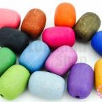 ลูกปัดพลาสติก สีด้าน กระบอก คละสี 15X21มิล(1ขีด/30เม็ด)
