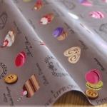 ผ้าฝ้ายเนื้อดีของ Yuwa ลาย ขนมมาการอง สีน้ำตาล ลายแนววินเทจสวยมากค่ะ