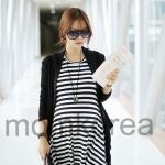 k16704 เสื้อคลุมท้องแฟชั่นเกาหลี โทนสีดำสลับขาว ไม่มีเสื้อคลุมค่ะ เนื้อผ้านิ่มๆ มากๆ ค่ะ