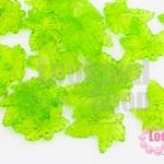 จี้ใบไม้ พลาสติก สีเขียวอ่อน 20X21มิล(1ขีด/279ชิ้น)