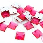 เพชรแต่ง สี่เหลี่ยมสีชมพู มีรู 10มิล(20ชิ้น)