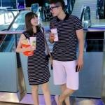 ชุดคู่รัก เสื้อคู่รักเกาหลี เสื้อผ้าแฟชั่น ชายเสื้อคอปกแขนสั้น + หญิงเดรสคอปกแขนสั้น ลายแถบน้ำเงิน +พร้อมส่ง+