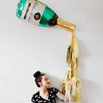 ลูกโป่งฟอยล์รูปขวดแชมเปญ ไซส์ 96*50 cm. - A Bottle of Champagne Shape Foil Balloon / TL-D071