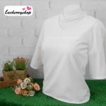 เสื้อแฟชั่น สีขาว แขนสามส่วนผ่าเปิดแขน แต่งสายรัดคอเก๋ๆ เนื้อผ้า อยู่ทรง ใส่สบาย ไม่ยับง่าย สินค้าคุณภาพ ราคาไม่แพง