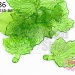 จี้ใบไม้ พลาสติก สีเขียว 27X35มิล(1ขีด/87ชิ้น)