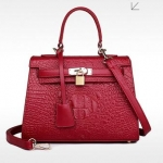 กระเป๋าแฟชั่นเกาหลีพร้อมส่ง รหัส SUIF0110RD สีแดง แต่งลายหนังจรเข้ เรียบหรู ดูดี