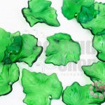 จี้ใบไม้ พลาสติก สีเขียวเข้ม 24X25มิล(1ขีด/208ชิ้น)