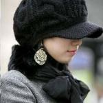 หมวกไหมพรมแฟชั่นเกาหลีพร้อมส่ง ทรงดีไซต์เก๋ มีที่บังหน้า สีดำ
