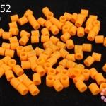 เม็ดบีทรีดร้อน สีส้มสด 5 มิล (1ขีด/100กรัม)