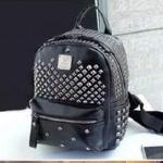 กระเป๋าเป้พร้อมส่ง รหัส SUC0026BK สีดำ แต่งหมุดทอง น่าใข้ค่ะ
