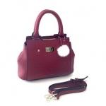 กระเป๋าแฟชั่นพร้อมส่ง Style เกาหลี รหัส SUB0017RD สีแดง มีพู่ขาวห้อย น่ารักค่ะ