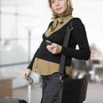 คุณแม่ตั้งครรภ์นั่งเครื่องบิน เดินทางไปต่างประเทศ ได้หรือไม่