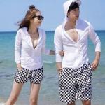 พร้อมส่ง กางเกงขาสั้นคู่รัก ผ้าฝ้ายสกรีนลายหมากรุก สีขาวดำ เอวยางยืด (Couple beach pant)
