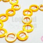 เปลือกหอย กลมโดนัท สีเหลือง 20มิล (1เส้น/19เม็ด)