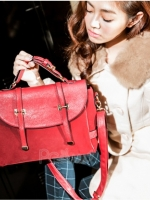 กระเป๋า ★PG美人 กำมะหยี่ สีแดง แต่งด้วยหนัง PU เก๋ๆ