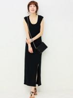 maxi dress แขนกุด ทรงเข้ารูป สีดำ