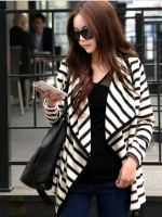 เสื้อคลุมแฟชั่นเกาหลีแบบผ่าหน้า ลายขวางขาวดำ เนื้อผ้า cotton ยืด