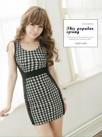 เดรสเข้ารูปสั้น ผ้ายืดเกาหลี ลายชิโนริ ตัดต่อผ้าสีดำสุดเก๋ตามแบบ สีตามรูป