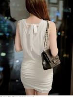 ชุดเดรสน่ารักสีขาว