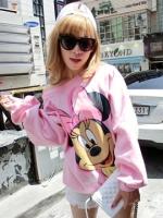 เสื้อกันหนาวสีชมพู