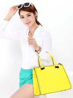 "PreOrder กระเป๋า Axixi ""Candy Messenger Bag"" * ส่งฟรี เมื่อสินค้ามาถึง"
