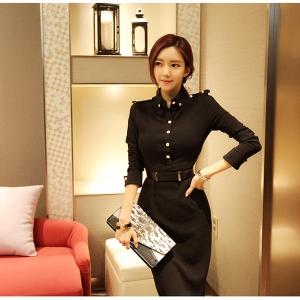 ชุดสีดำแขนยาวคอปก