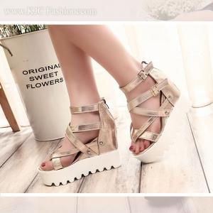 รองเท้าหนังสีทองสไตล์เกาหลี