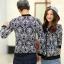 เสื้อกันหนาวคู่รักพร้อมส่ง แฟชั่นคู่รัก ชาย +หญิงเสื้อกันหนาวคู่รัก แบบซิบ ลายไทยสีกรม thumbnail 2