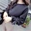 เสื้อแฟชั่นเกาหลี แขนยาว เย็บแต่งแขนเสื้อแบบตะเข็บนอกเก๋ๆ สีดำสุภาพ thumbnail 1