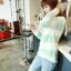 เสื้อกันหนาวแขนยาว ขนแกะ แต่งลายเขียวขาว +พร้อมส่ง+ thumbnail 7