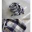 ผ้าพันคอ แต่งลายสก๊อต โทนลายสีน้ำเงิน thumbnail 4