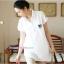 เสื้อเชิ้ตคลุมท้องคอปก สีขาว ปักลายตัว R : SIZE XL รหัส SH012 thumbnail 5
