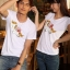 เสื้อยืดคู่รัก แฟชั่นคู่รัก ชาย + หญิง เสื้อยืดแขนสั้น เสื้อสีขาว สกรีนลายม้าเงินนำโชค +พร้อมส่ง+ thumbnail 4