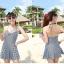 พร้อมส่ง ชุดว่ายน้ำวันพีซกระโปรงระบาย สายคล้องคอ ลายตารางหมากรุกดำสลับขาวสวย thumbnail 4