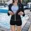 ชุดว่ายน้ำแขนยาว เซ็ต 3 ชิ้น สีขาว-ดำ (บรา+กางเกงขาสั้น+เสื้อแขนยาว) thumbnail 2