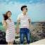 เดรสคู่รักเกาหลี แฟชั่นคู่รัก ชายเสื้อคอปกแขนสั้น หญิงเดรสคอปกแขนกุด สีขาวแต่งลาย +พร้อมส่ง+ thumbnail 3