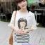 เสื้อคลุมท้องแขนจั๊ม ลายเด็กน้อยน่ารัก : สีขาว รหัส SH074 thumbnail 4