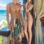PRE ชุดว่ายน้ำคู่รัก หญิงวันพีซโมโนกินี่พิมพ์ลายสวย ชายกางเกงขาสั้นลายเดียวกัน thumbnail 4