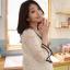 JK017 เสื้อคลุมท้องแฟชั่นเกาหลี สีขาวล้วน ผ้าลูกไม้นิ่มทั้งชุด คอบัวแขน 4 ส่วน แต่ระบายชายแขน thumbnail 4