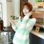 เสื้อกันหนาวแขนยาว ขนแกะ แต่งลายเขียวขาว +พร้อมส่ง+ thumbnail 3