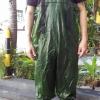 ชุดเอี้ยมกันน้ำสีเขียวพร้อมบู๊ทเบอร์ 42
