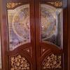 ประตูไม้สัก กระจกนิรภัยปีกนก แกะดอกลายไทย NNA09