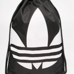 กระเป๋าเป้สะพายหลัง เชือกรูด จาก ADIDAS สีดำ