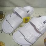 รองเท้าแตะsize 4 - สีขาว