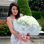 ช่อดอกกุหลาบขาว (Premium)