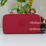 Kipling Uzario Vibrant Red เป็นกระเป๋าสตางค์ใบยาวแบบ 2 ซิปรอบ ขนาด 10 L x 18.5 H x 3.5 W cm